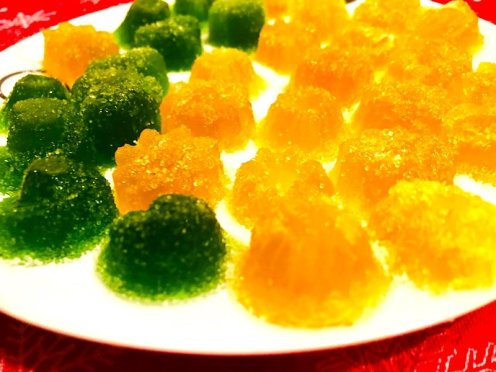 Coated with stevia-erythritol and citric acid crystals