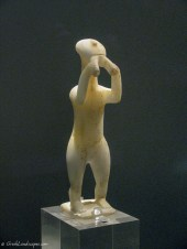 Cycladic statuette of a flute player