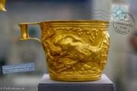 mycenaean gold cup