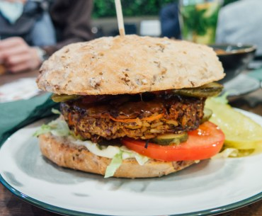 Vurger Amsterdam west Baarsjes vegan glutenfree burger Green Amsterdam plantbased