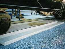 GREEN Railcar & Tank Truck Spill Containment Pans | Customized & Highly Effective Spill Containment Pans