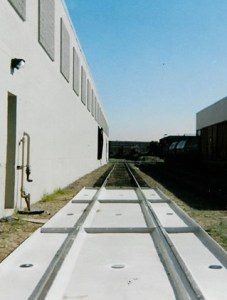 Railcar & Tank Truck Spill Containment Pans Customized & Highly Effective Spill Solutions by GREEN