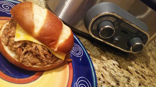 Slow Cooker Root Beer Pulled Pork Using the Black and Decker 6qt Multicooker