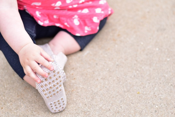 Max & Ola Eco-Friendly Baby Moccasins