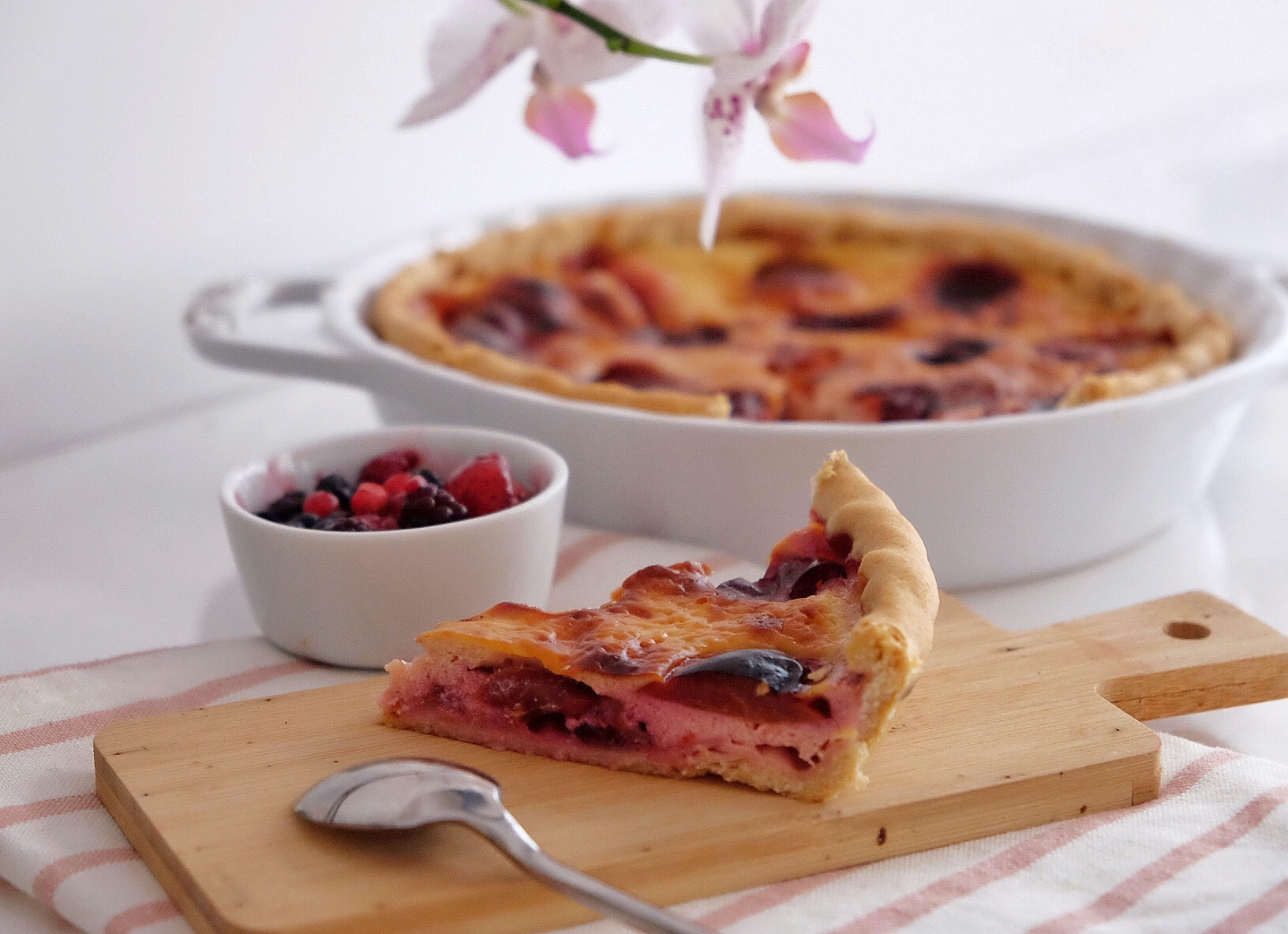Delicious vegetarian plum pie