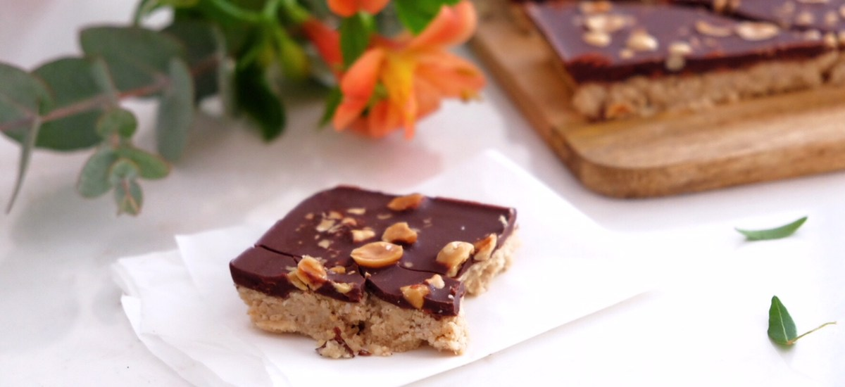 Raw vegan cake of almond and coconut