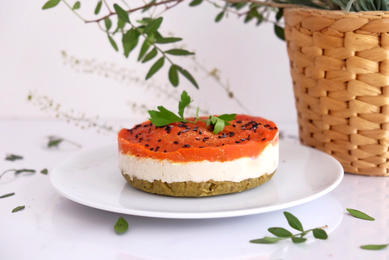 RAW & VEGAN SALTY CHEESECAKE