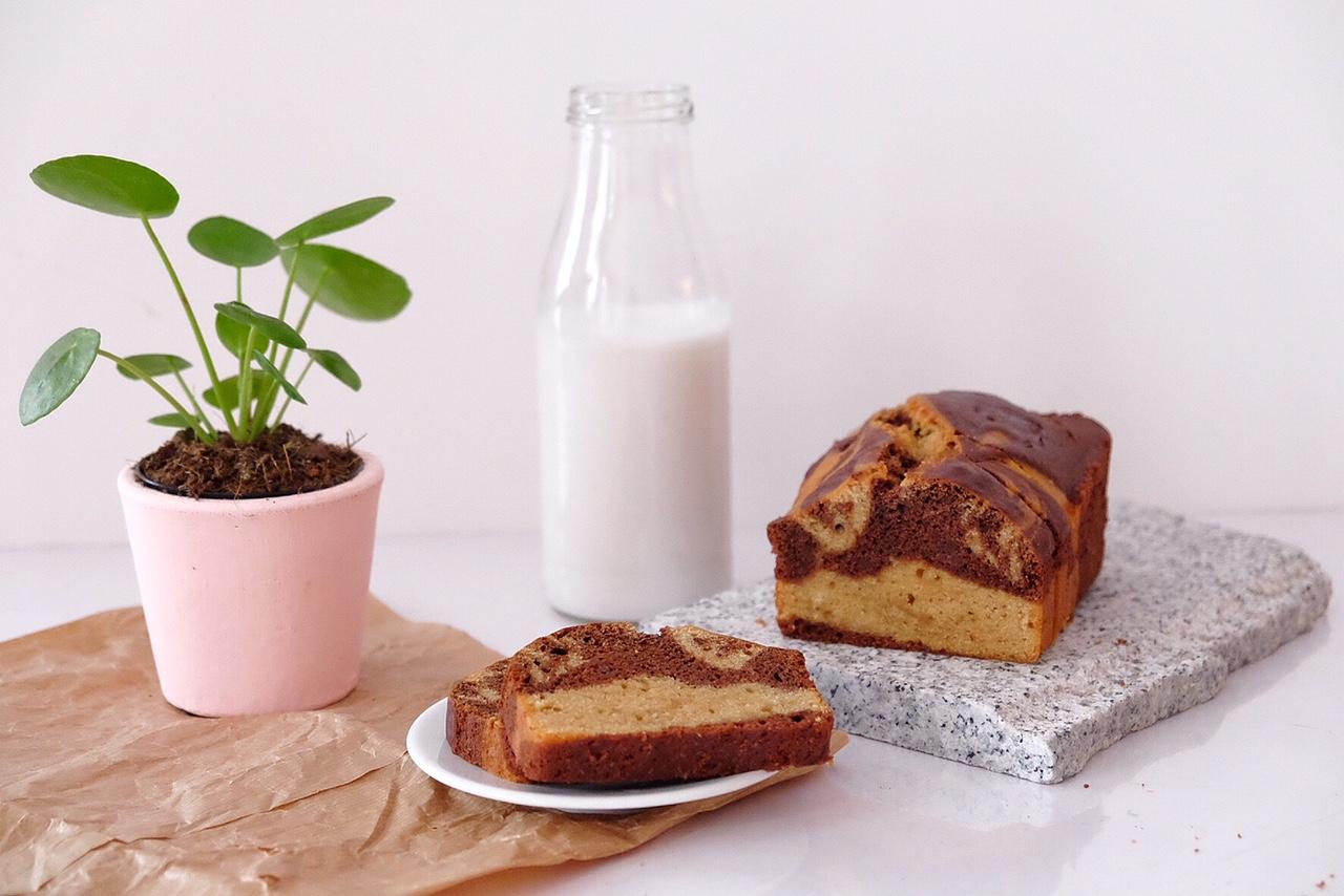Cake marbré amandes et chocolat