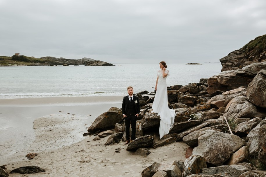 bride and groom portrait session on the coast of Stavanger