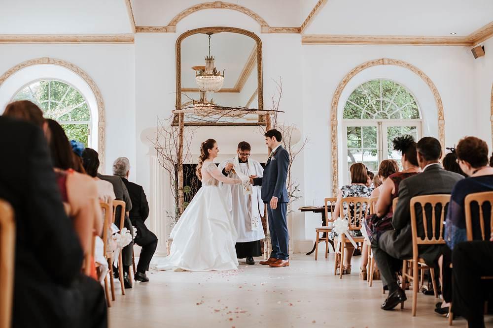 wedding vows at northbrook park wedding ceremony
