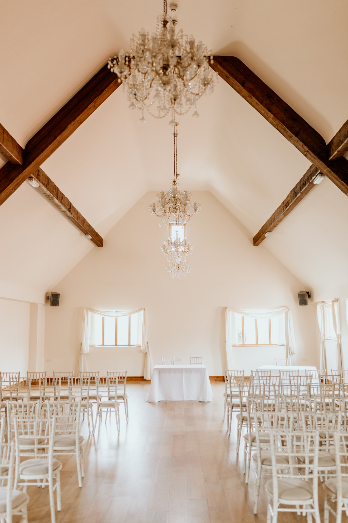 inside wedding barn at berkeley cotswolds wedding photographer