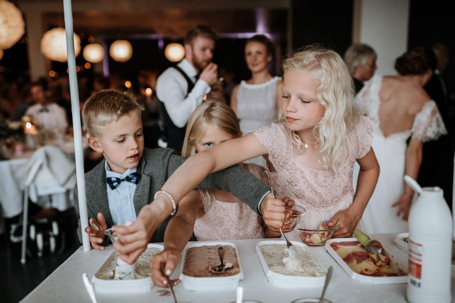 ice cream truck for wedding reception ideas