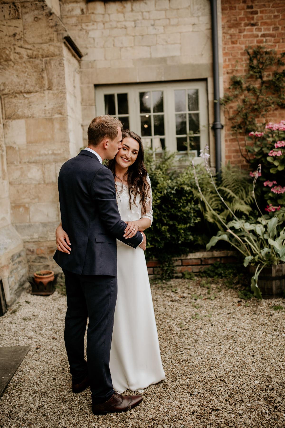 Priors Court Barn wedding photographer Gloucestershire