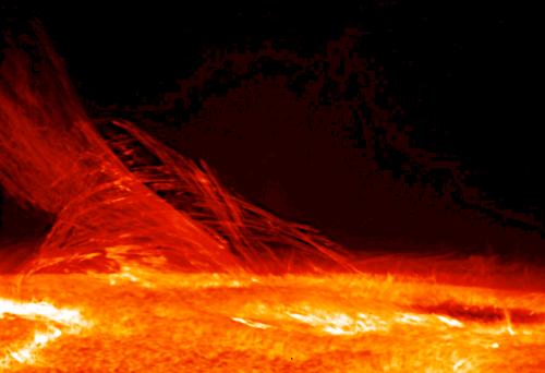 hinode-chromosphere-layers-sun