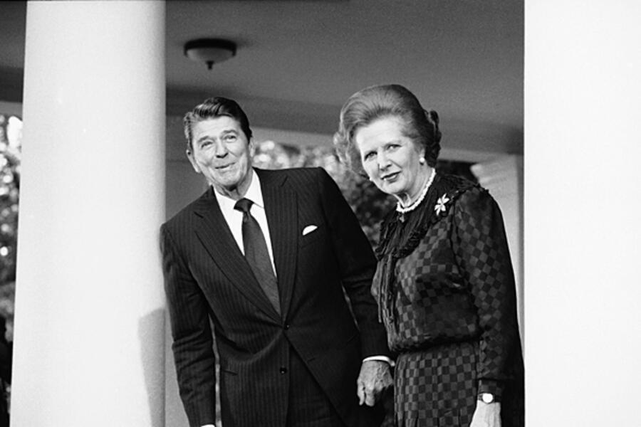السياسة ونهايتها في عصر النيوليبرالية