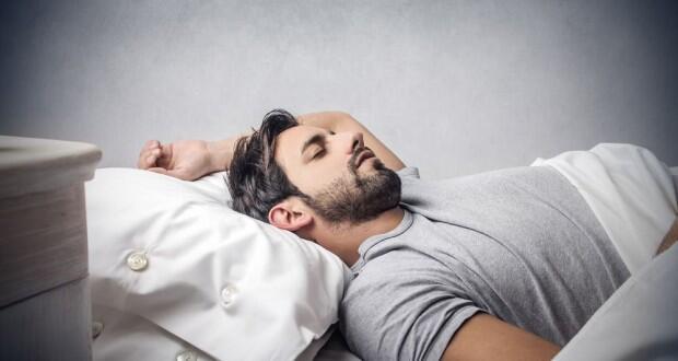 يحرق الإنسان وحدات حرارية أثناء نومه أكثر مما يفعل خلال مشاهدته التلفزيون.