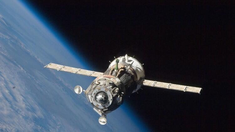 """التحام مركبة """"سويوز"""" الروسية بالمحطة الفضائية الدولية"""