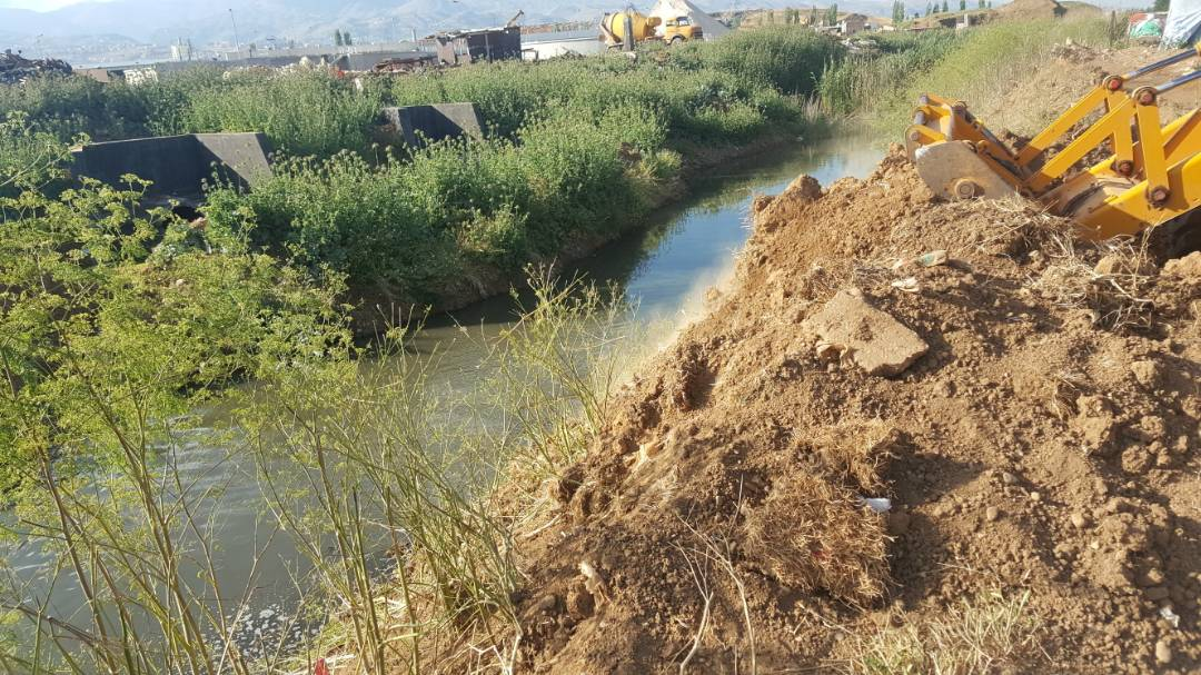 The people of Bar Elias reclaimed the course of the Litani River