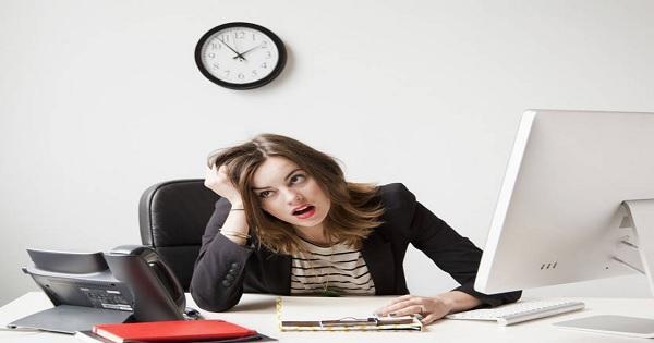 إحذروا العمل أكثر من 9 ساعات يومياً
