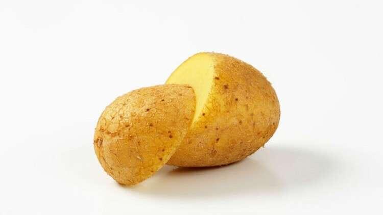 """علماء الوراثة ينتجون بطاطا """"ذهبية"""""""