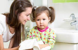 إعترافات أمهات: هذه أسوأ النصائح التي سمعناها عن التربية!