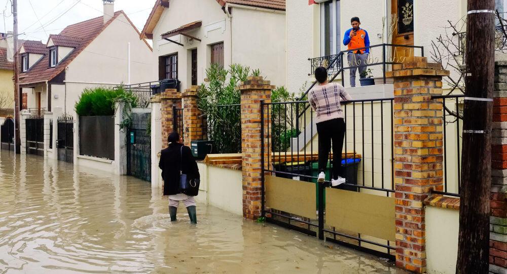 فيضانات تجتاح ولاية كوينزلاند الاسترالية