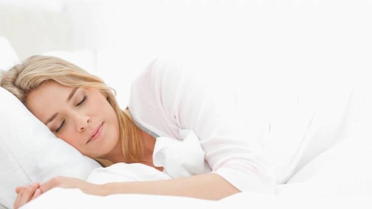 لماذا نبكي أثناء النوم؟
