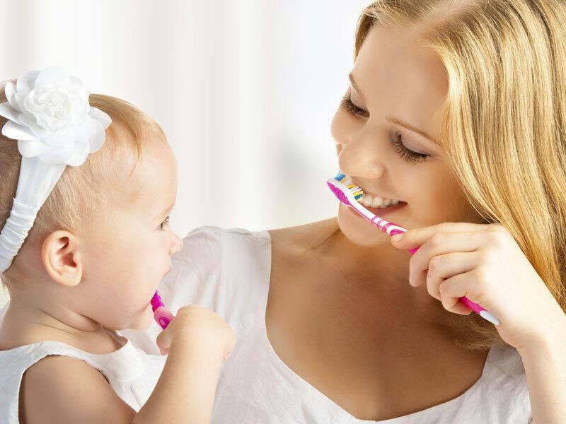 كيف تجعلين طفلك حريص على النظافة و النظام؟
