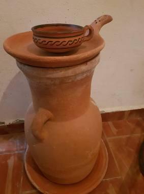 """""""الخابية""""..آنية فخرية مخصصة لتبريد المياه بشكل طبيعي وبدون كهرباء"""