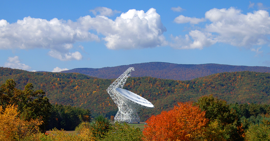 image of the Green Bank Telescope in the Fall