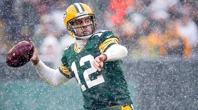 aaron-rodgers-snow-2