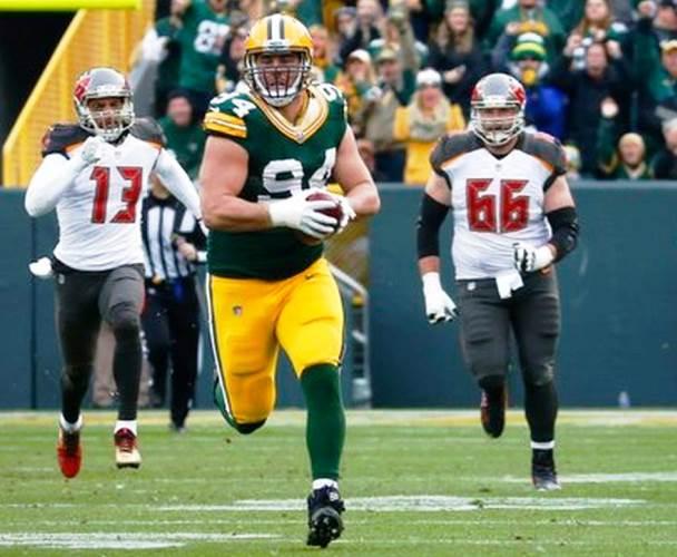 APTOPIX_Buccaneers_Packers_Football_76457
