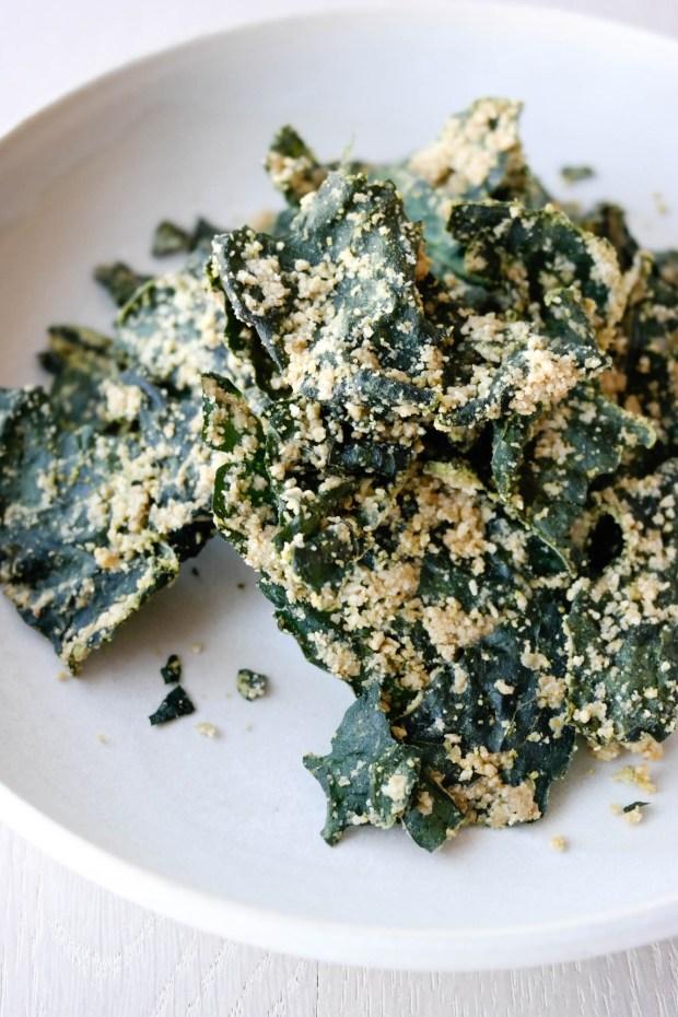 Lag svartkålchips eller grønnkålchips, samma det, men bruk denne krydderblandinga på!