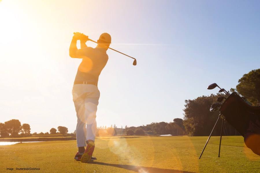 Golfer and turf suffer in hot sun mr