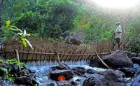Traditional bamboo mat for water conservation and fishing