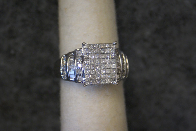 Lady's ring - inv # 27547-1
