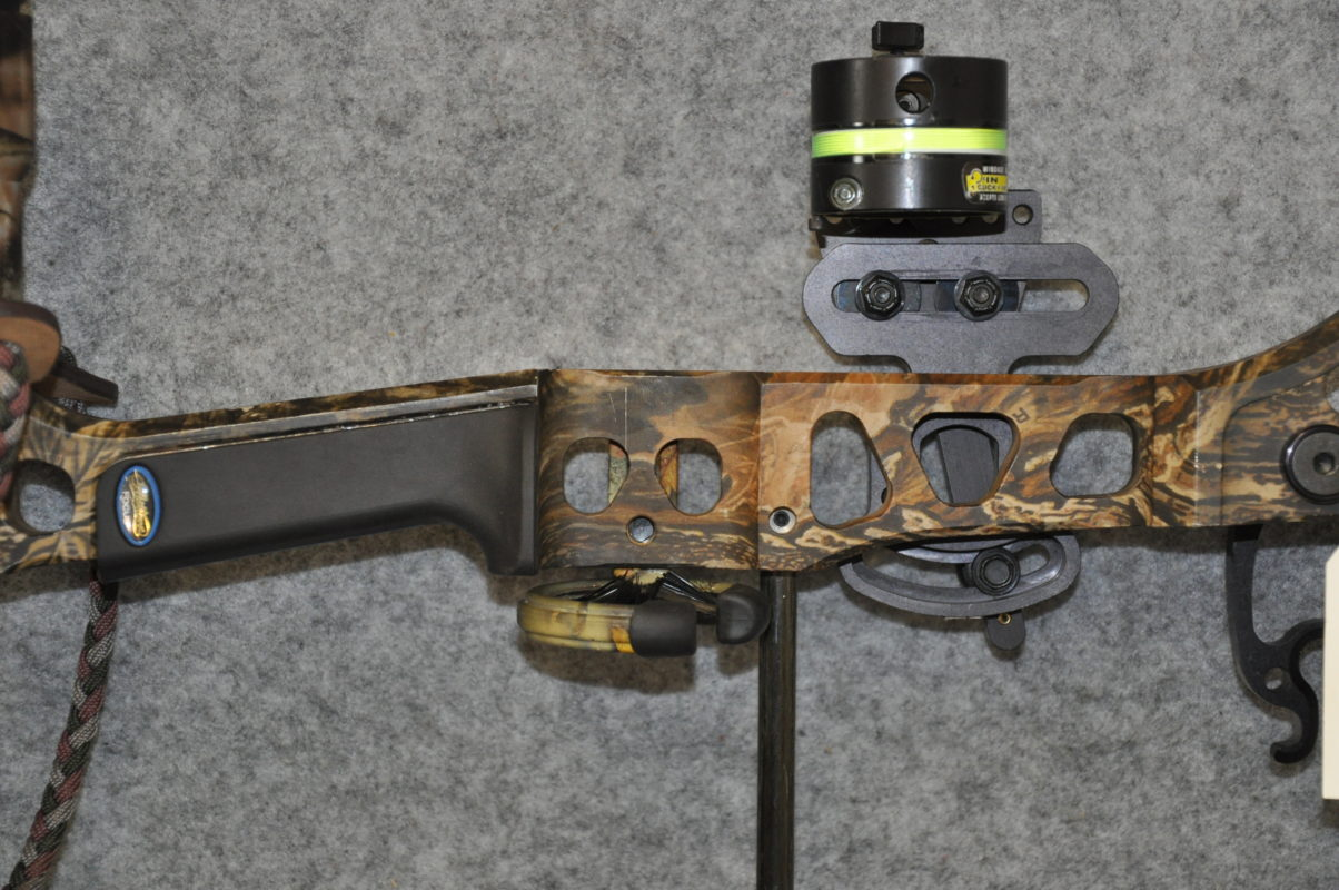 Mathews Model Q2 Compound Bow