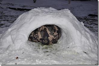 Snow hut 031