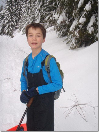 Snow shoeing and sledding - Kendall Peak 004