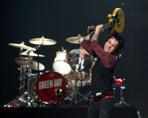 20130227-greenday5-x595-1361981978