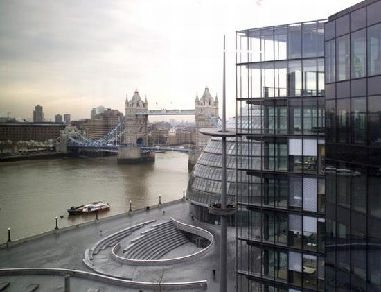7 more london3