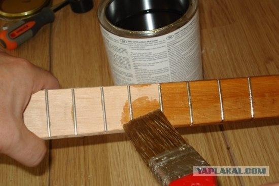 anonymous artist converts shovel into a guitar 9