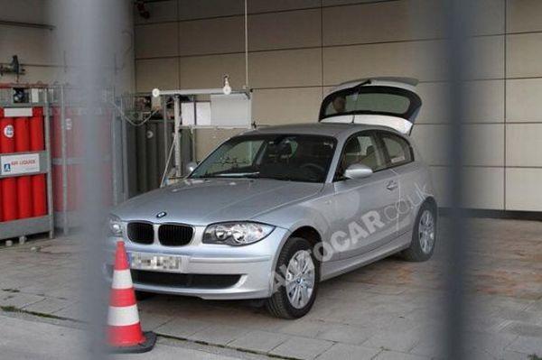 BMW's hydrogen fuel cell hybrid vehicle