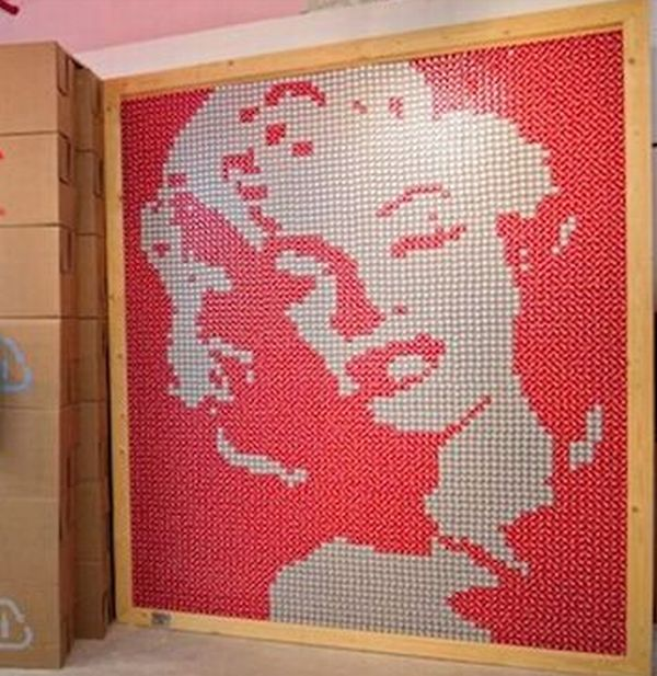 coca colas recycled pop up store 4