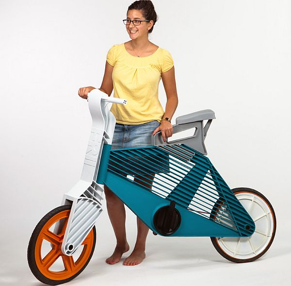 Frii plastic bike