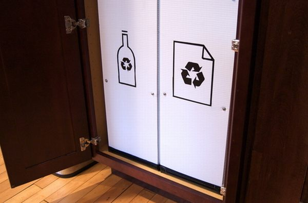 How to build a pantry recycling center