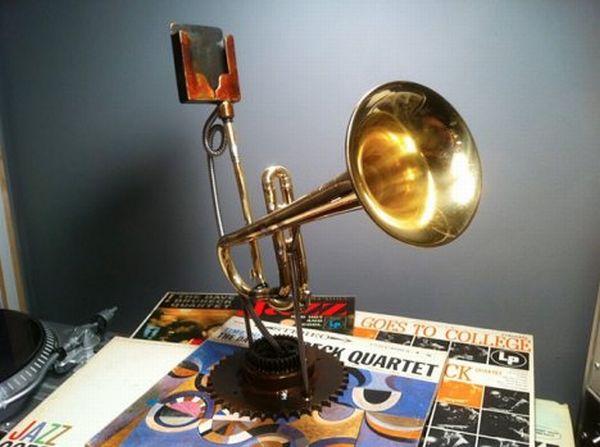 ipod speaker trumpet