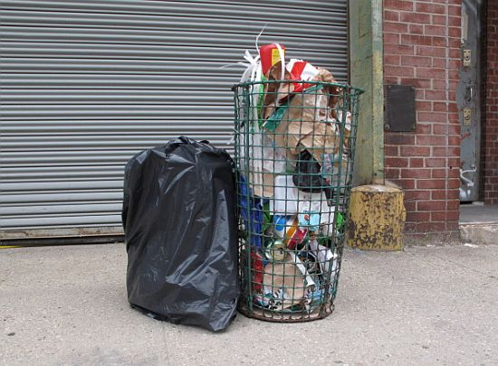 kinetic trash sculpture david ellis roberto carlos