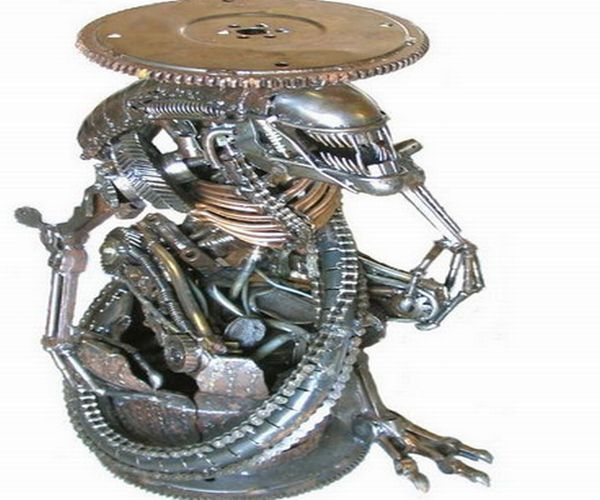 Metaldude Baby ALIEN Stool