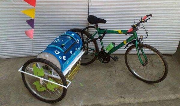 Pedal-powered Mobile Washing Machine
